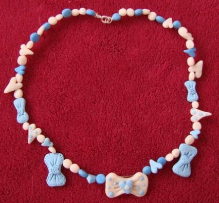 mašna ogrlica